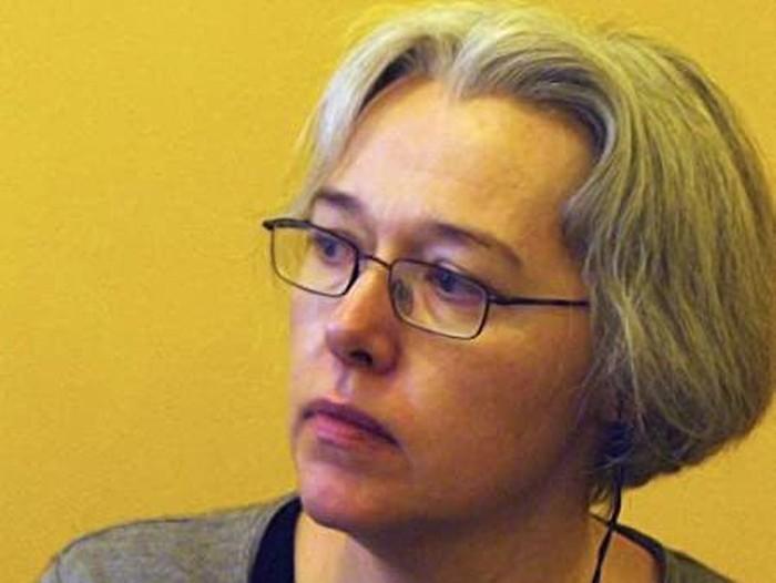 Novelis Susanne Clark