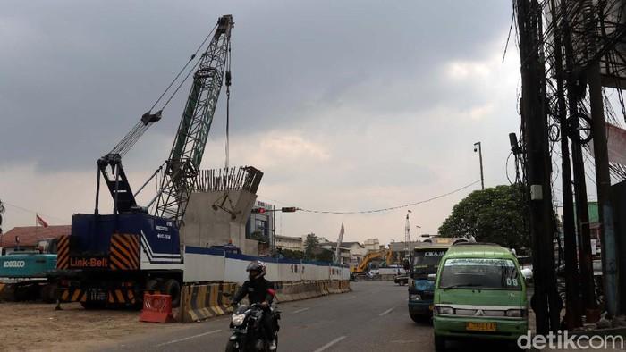 Pembangunan Flyover Kopo di Jalan Raya Soekarno Hatta, Kota Bandung terus dikebut. Begini progres terkini pembangunan flyover Kopo.