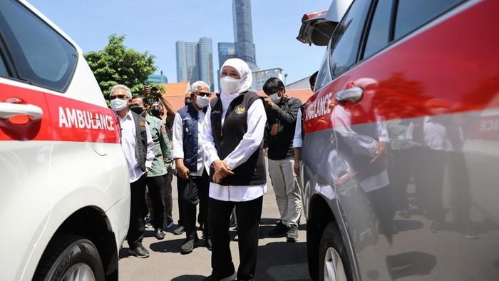 Tingkatkan Pelayanan Lansia, 7 UPT Dinsos Jatim Dapat Ambulans