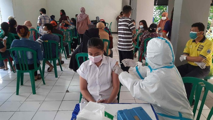 vaksinasi di surabaya
