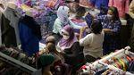 Geliat Pasar Tanah Abang yang Mulai Ramai