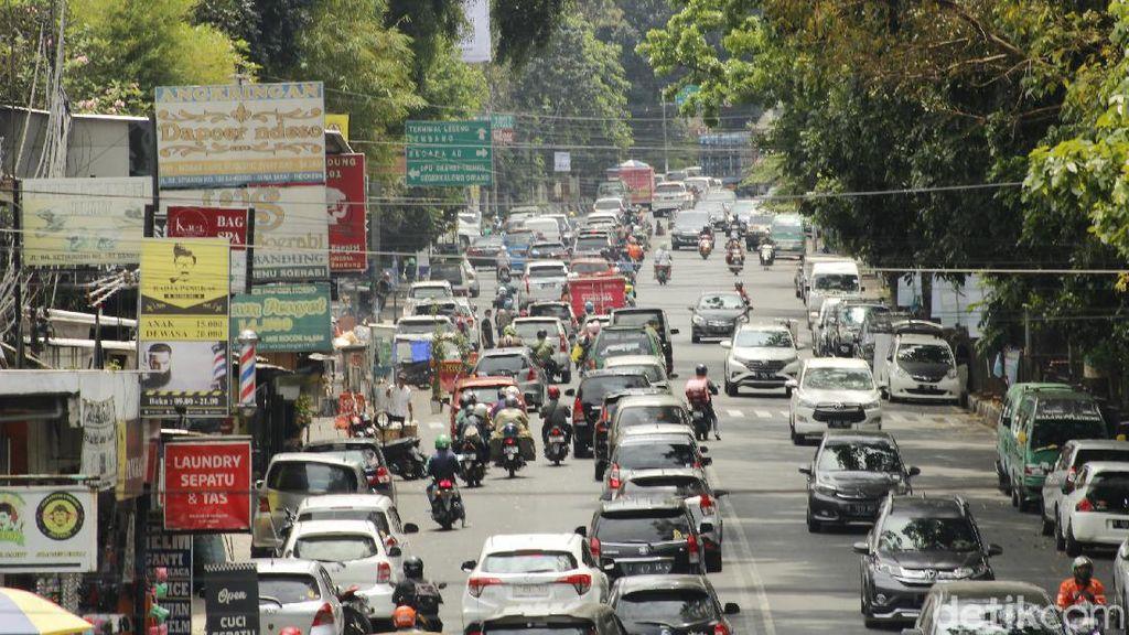 Jalur Bandung-Lembang Mulai Dipadati Wisatawan