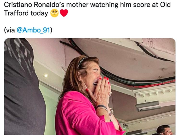 Meme Ronaldo Perkasa Usai Tampil Perdana bersama Manchester United