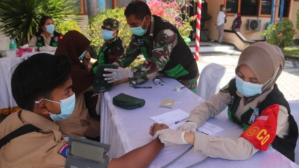 Vaksinasi COVID di NTB Tembus 44.002 Per Hari, Lewati Target Jokowi