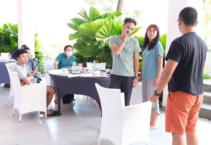 Resmi Nikahi Delia Husein, Marthino Lio Ternyata Suka Hangout dan Makan Gelato
