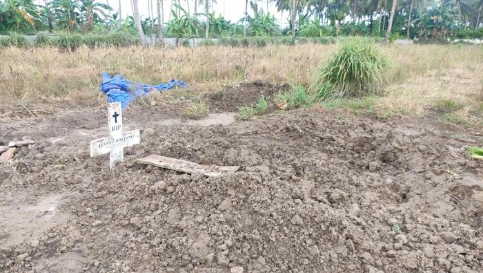 Sebuah makam di permakaman khusus COVID-19 di Kecamatan Paleteng, Kabupaten Pinrang, Sulawesi Selatan, ditemukan terbongkar.