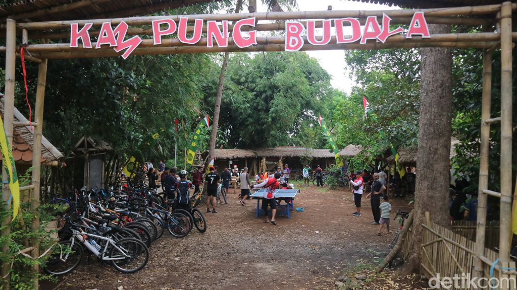 Makan Getuk dan Ngopi  Gratis di Kampung Budaya Piji Wetan Kudus