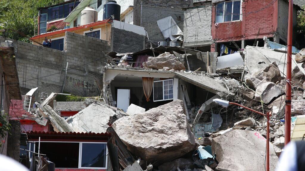 Potret Dampak Kerusakan Imbas Longsor di Meksiko