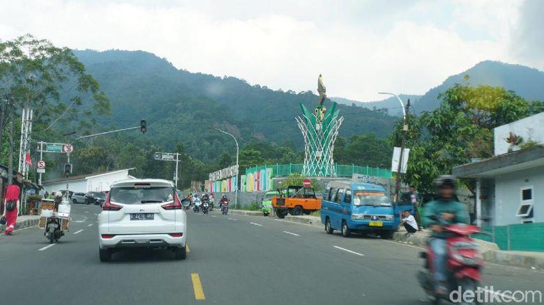 Tempat istirahat atau rest area yang tengah dibangun di Puncak diharapkan bisa menghentikan getok harga.