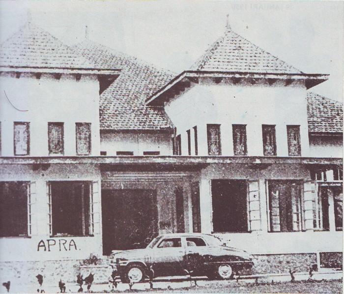 Gedung Divisi Siliwangi saat Bandung diduduki APRA, 23 Januari 1950. APRA menjadi tantangan penerapan Pancasila di awal masa kemerdekaan.