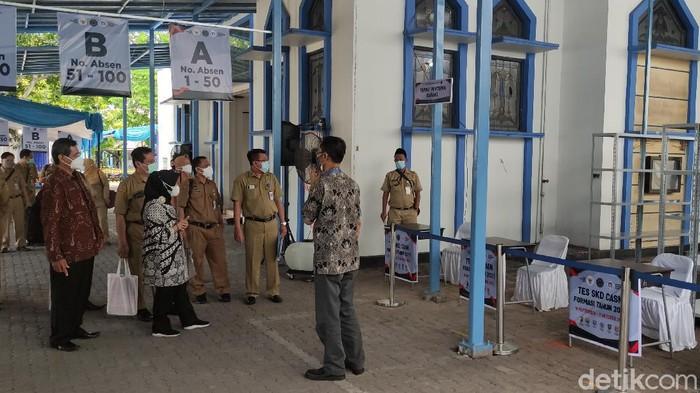 Lokasi screening para peserta SKD CPNS di Udinus Semarang. SKD CPNS di Udinus bakal digelar Selasa (14/9/2021) besok.