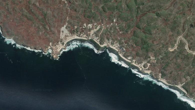 Pantai Ngandong Gunungkidul dari udara