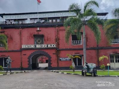 Foto: Benteng Van Der Wijck, Wisata Andalan Kebumen