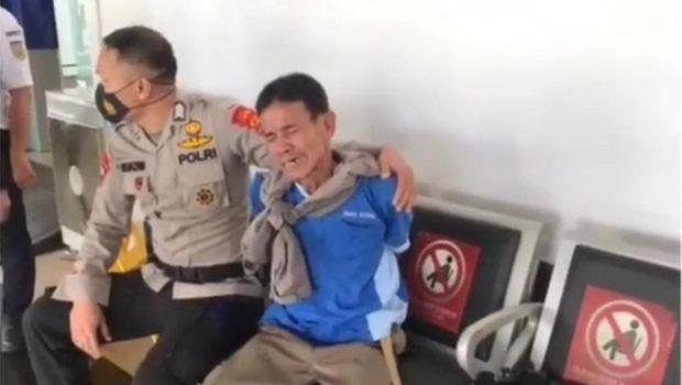 Pria di Lampung mengamuk dengan membawa pisau di Stasiun Tanjung Karang (dok Istimewa)