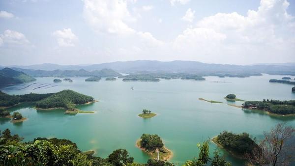 Begini penampakan kawasan wisata Puncak Kompei, Koto Mesjid, Kabupaten Kampar, Riau yang mirip dengan Raja Ampat.