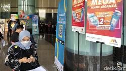 Potret antusias penerima vaksin Corona Pfizer di Menara Bank Mega, Jl Tendean, Jakarta Selatan. Detikers yang berminat, bisa daftar di detik.com/vaksinctcorp ya