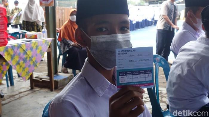 Vaksinasi pelajar di Ponpes Baitussalam, Prambanan, Sleman