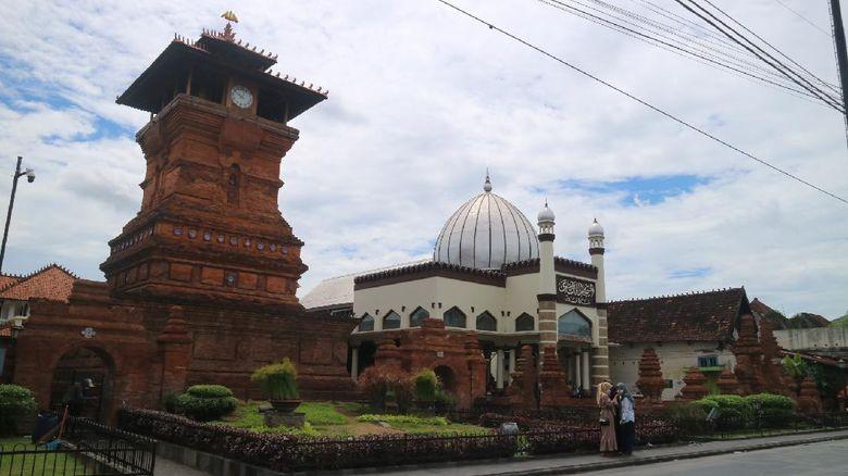 Wisata Religi di Kudus Jadi Pilihan Peziarah Luar Daerah Saat PPKM Level 2