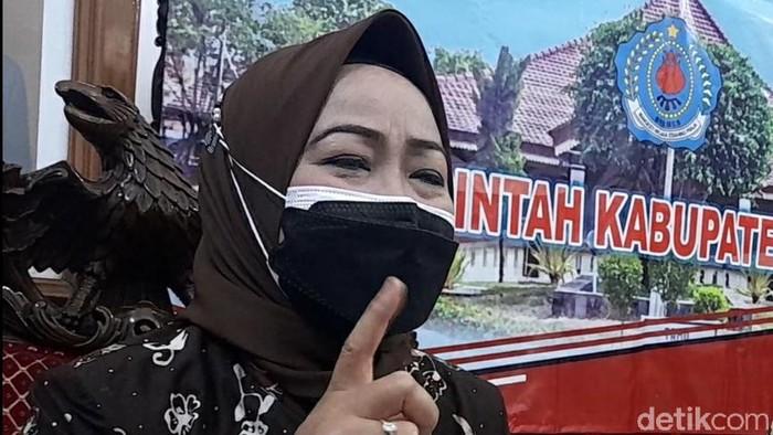 Bupati Brebes, Idza Priyanti.