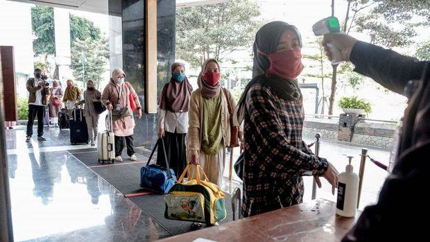 Kemenparekraf Siapkan Dukungan Akomodasi Bagi Nakes di Luar Pulau Jawa dan Bali