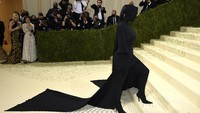 Wow, Rambut Kuncir Kuda Kim Kardashian di Met Gala Bernilai Rp 142 Juta