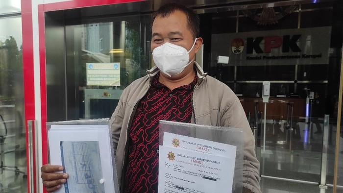 MAKI Klaim Punya Transaksi Mencurigakan Eks Bupati Kukar (Foto: Azhar/detikcom)