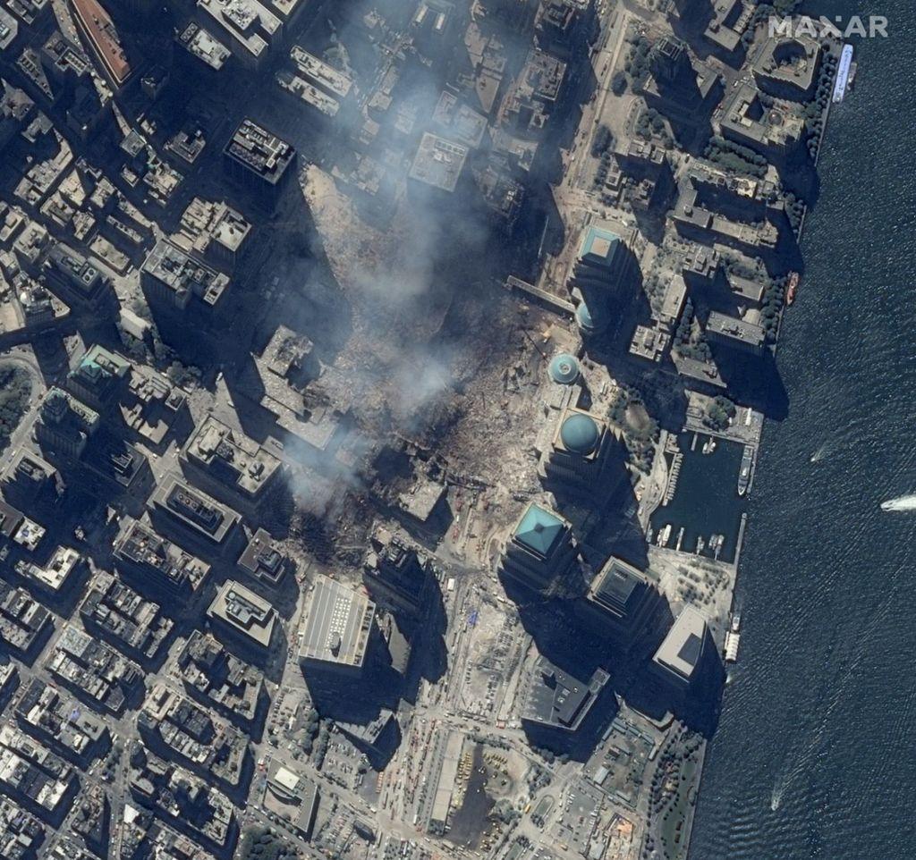 Maxar Technologies memperlihatkan foto serangan 11 September 2001.