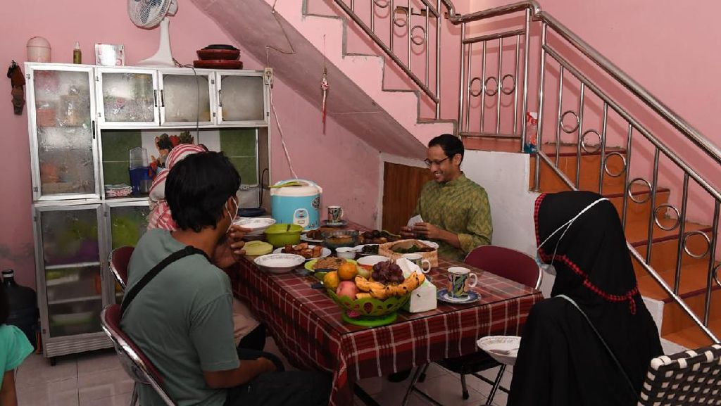 Blusukan di Yogyakarta Nadiem Menginap di Rumah Guru Penggerak, Ada Apa?