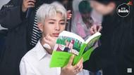 RM BTS Hobi Baca Buku, Ini Sederet Bacaannya