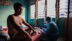 Di tengah melandainya kasus COVID-19 di Indonesia, sejumlah negara tetangga ini masih catatkan kenaikan kasus COVID-19. Negara mana saja?