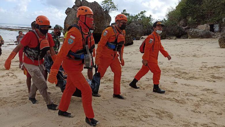 Wisatawan asal Jatim, Fajar ditemukan tewas usai 3 hari hilang di Pantai Dreamland, Bali