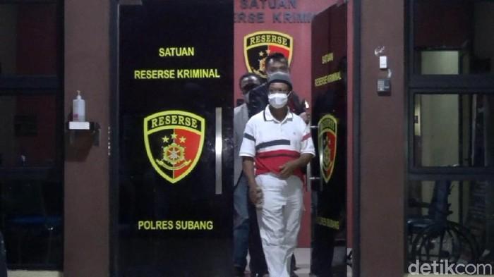Yosep, usai menjalani pemeriksaan di Polres Subang