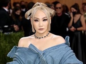 Most Pop: Gaya CL Pakai Underwear di MET Gala, Disebut Netizen Pakai Popok