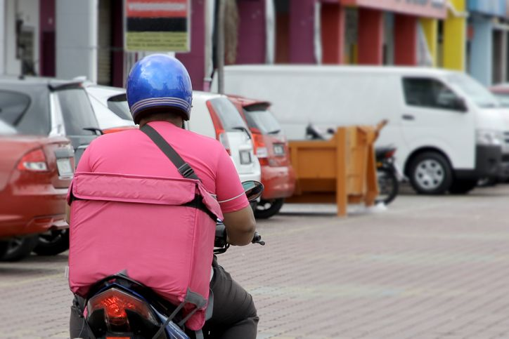 Kisah Haru dan Kocak Driver Ojol saat Antar Pesanan Makanan