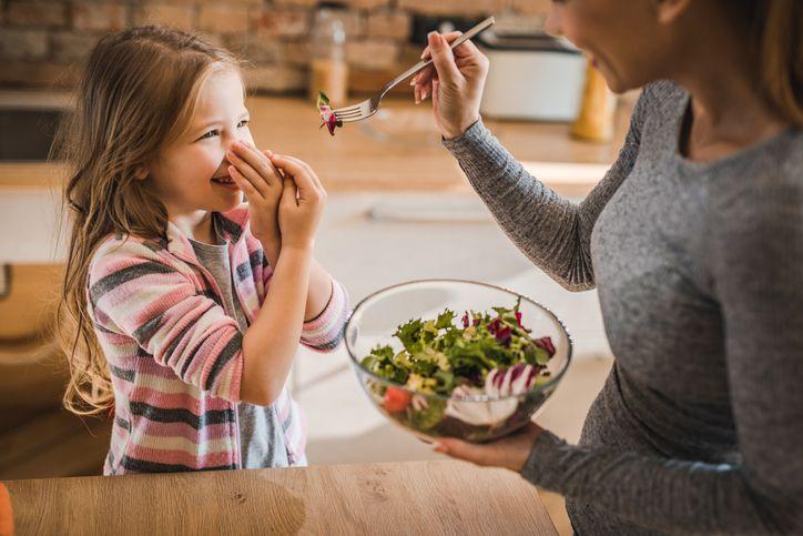 Kenapa Banyak Anak Kecil Tidak Suka Makan Sayur?