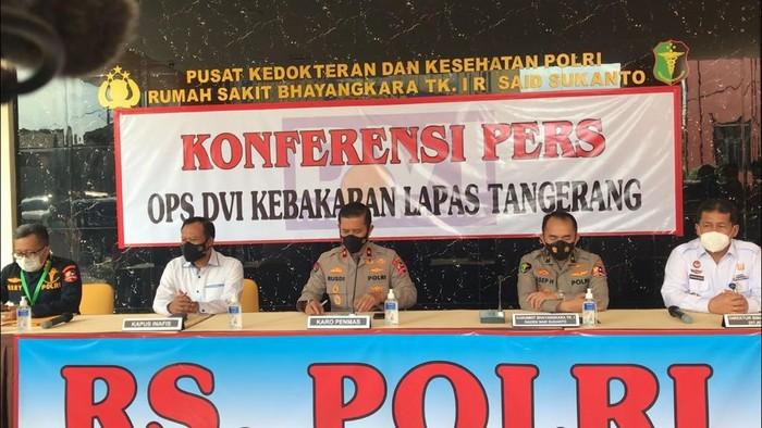 Konferensi pers terkait identifikasi jenazah korban kebakaran Lapas Tangerang