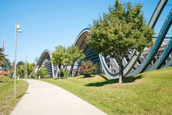 Untuk pecinta seni, cobalah datang keThe Zentrum Paul Klee yang terkenal.(Getty Images/iStockphoto)