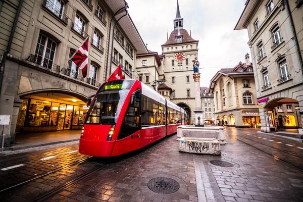 Bern punya kota tua yang masuk dalam daftar Situs Warisan Dunia UNESCO. (Getty Images/iStockphoto)
