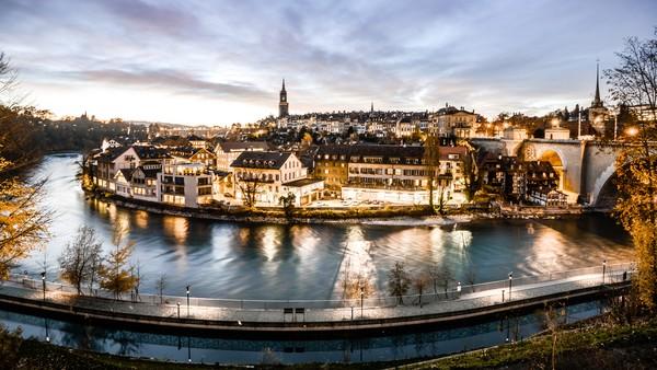 Bern sendiri merupakan salah satu kota Swiss yang penuh dengan keindahan. (Getty Images/iStockphoto)
