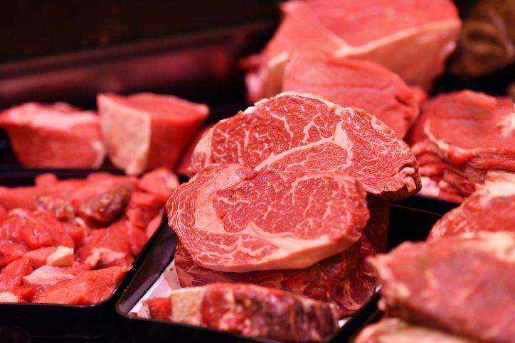 5 Fakta Makan Daging Mentah dalam Islam dan Kesehatan