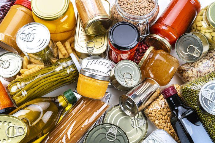 5 Makanan dan Minuman yang Tidak Boleh Dimakan Setelah Vaksinasi COVID-19
