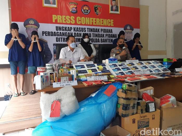 Polisi membongkar sindikat penipuan pedagang online