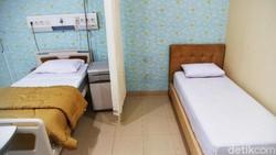 Bed occupancy rate (BOR) atau keterisian tempat tidur isolasi COVID-19 nasional sudah menurun drastis hingga saat ini. Salah satunya di RS Hermina Sunter Agung.