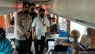Melihat Vaksinasi COVID-19 Bagi Keluarga Wartawan di Sidoarjo