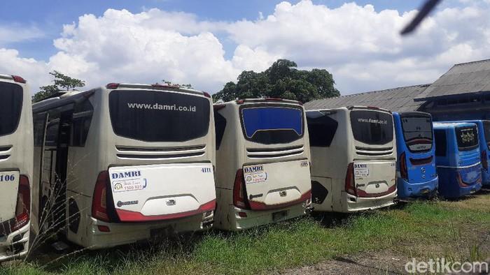 Bus DAMRI di Bandung.