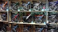Sejarah dan Sosok di Balik Sepeda Lipat Brompton yang Harganya Selangit