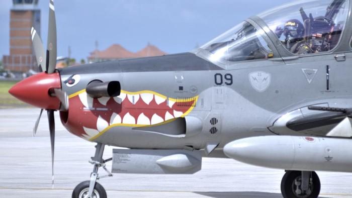 Indonesia memiliki sejumlah pesawat militer yang digunakan untuk menjaga keamanan negara. Salah satu pesawat militer milik RI adalah Super Tucano Gatot Kaca.