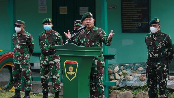 Pangkostrad Letjen Dudung Abdurachman