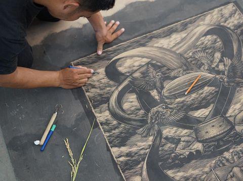 Seniman Muhlis Lugis di Pameran Seni Kolaboratif Museum MACAN