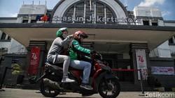 Lebih Dekat dengan Stasiun Jakarta Kota
